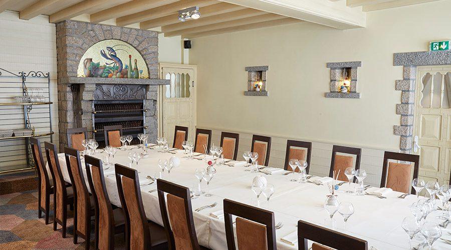 Le restaurant restaurant l 39 antiquaire - Salle een diner contemporaine ...